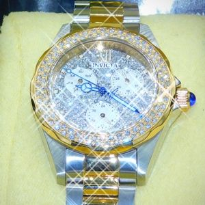 Big SALE-(FIRM PRICE)-New invicta watch